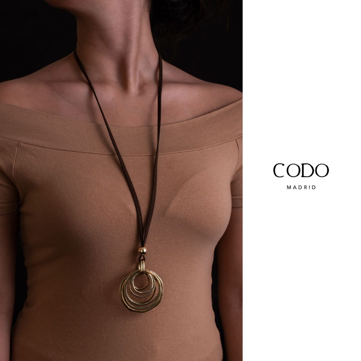 Ophelia brown suede long necklace with gold-plated metal circle pendant