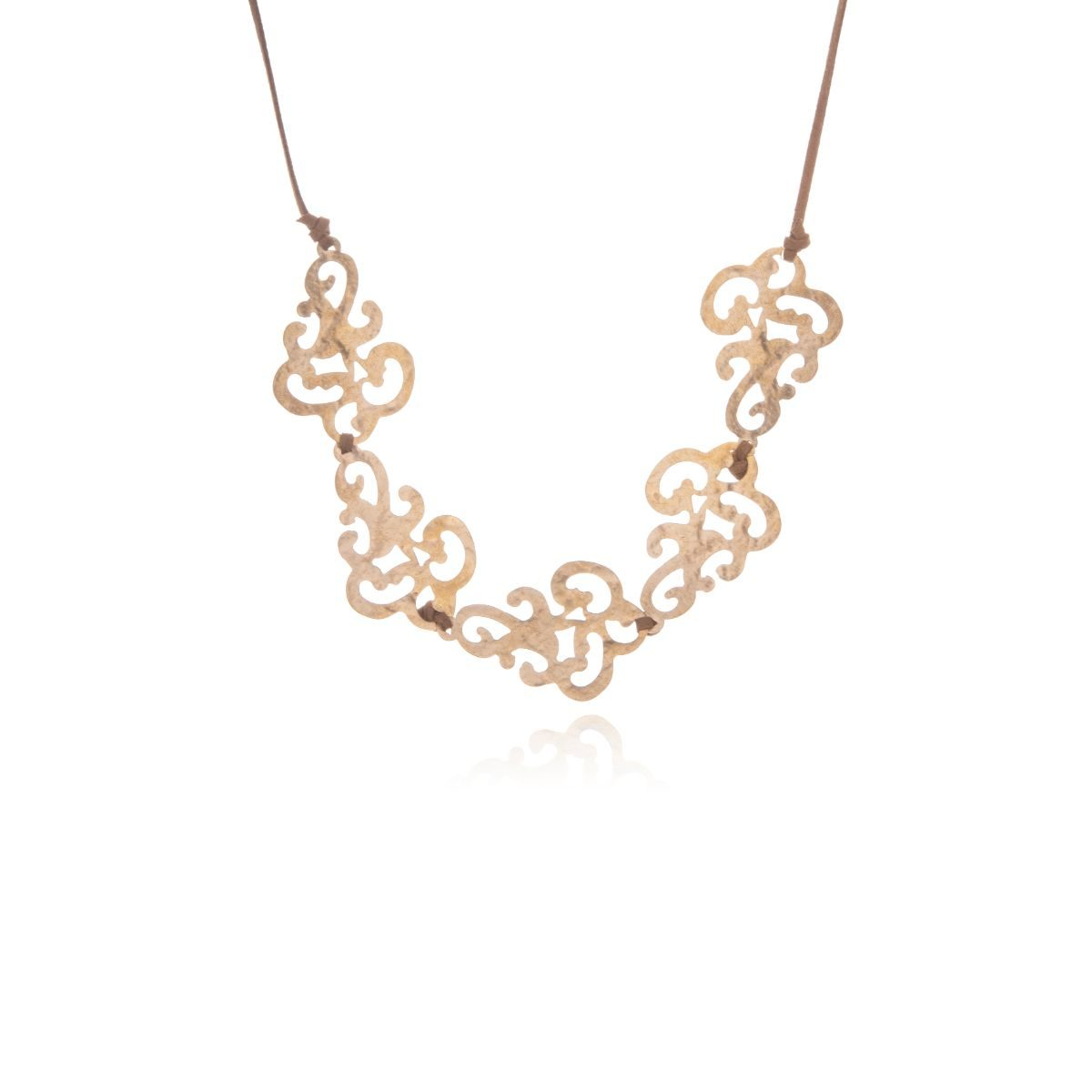 Barroc short necklace with five pieces of gold-plated brass in an original filigree shape and camel-colored suede