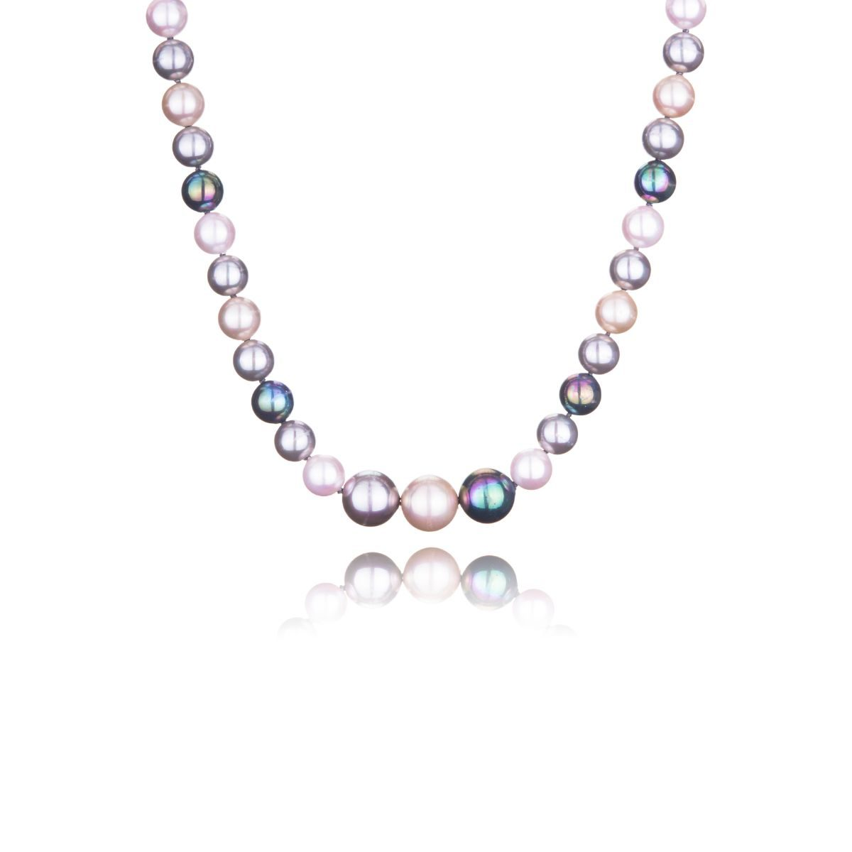 Sardinia short necklace of majestic pearls of three different shades of silver in a single strap