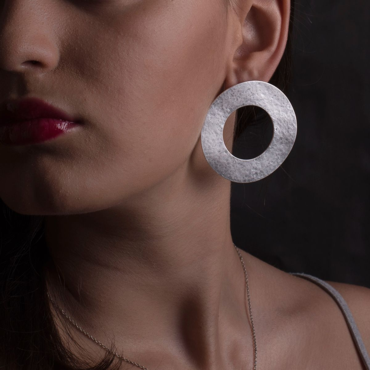 Minerva silver matte wide circle earring with snap closure