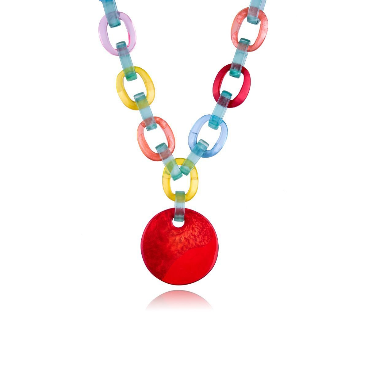 Christina short necklace made of natural pearly coloured resin with a circular medallion of intense red colour.